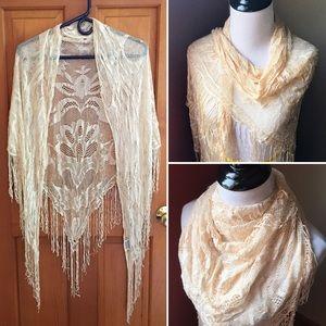 Vintage crochet lace fringe triangle shawl scarf